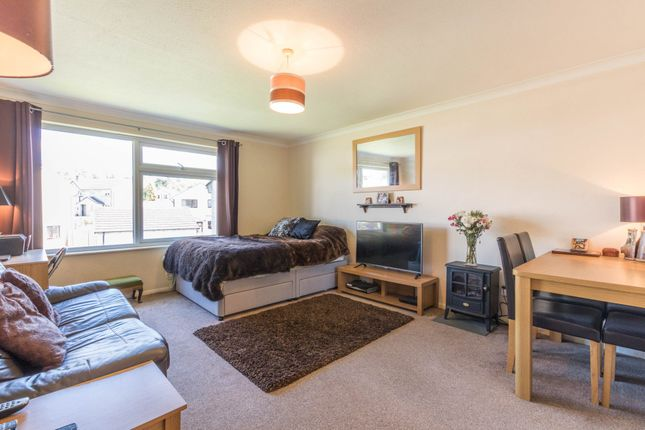 Thumbnail Flat for sale in Lingmoor Rise, Kendal