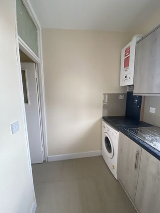 Maisonette to rent in Mount Pleasant, Wembley