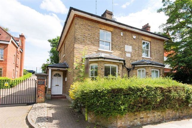 3 bed property for sale in Platts Lane, Hampstead