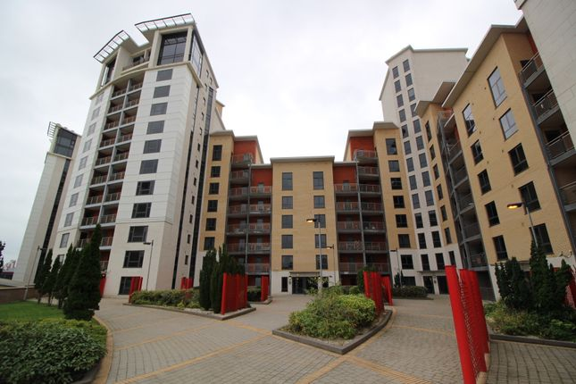 Thumbnail Flat for sale in Baltic Quay, Gateshead Quays