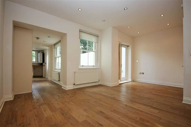 Thumbnail Terraced house to rent in Grosvenor Park Road, London