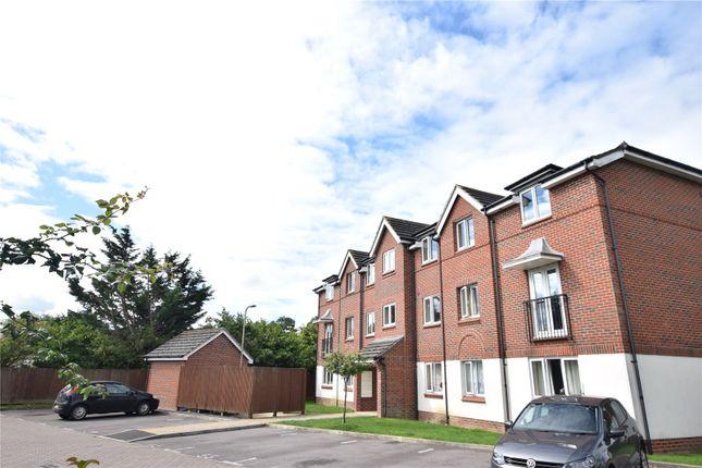 Thumbnail Flat for sale in Benham Drive, Spencers Wood, Reading, Berkshire