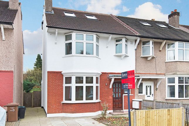 4 bed property to rent in Camberley Avenue, London