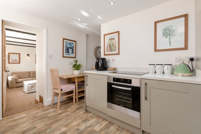 Thumbnail Cottage for sale in River Lane, Brompton On Swale, Richmond