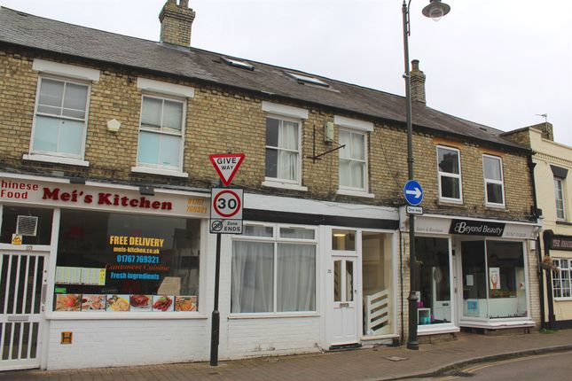 Thumbnail Flat for sale in Hitchin Street, Biggleswade