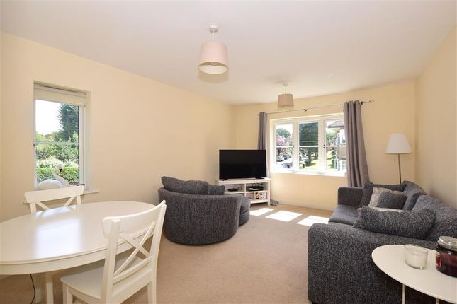 Thumbnail Flat for sale in Cheam Road, Sutton, Surrey
