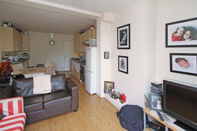 Flat for sale in Western Avenue, London