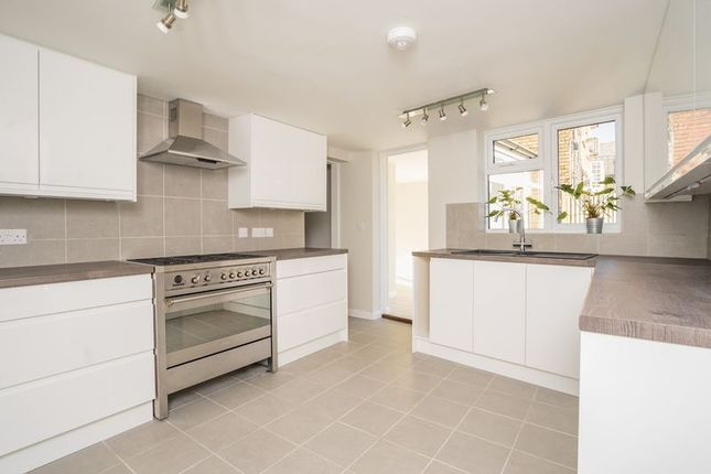 Thumbnail Semi-detached house for sale in Springfield Road, Southborough, Tunbridge Wells