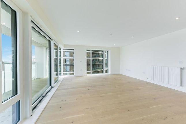 Thumbnail Flat to rent in Norton House, Royal Arsenal Riverside, London