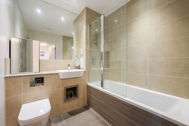 Bathroom of Sarum Terrace, Bow Common Lane, London E3