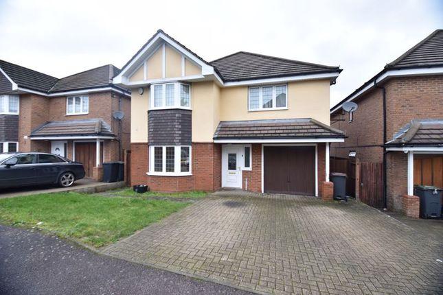 Thumbnail Detached house for sale in Shervington Grove, Luton