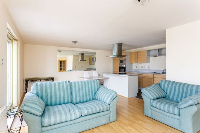 2 bed flat to rent in The Canalside, Gunwharf Quays, Portsmouth PO1