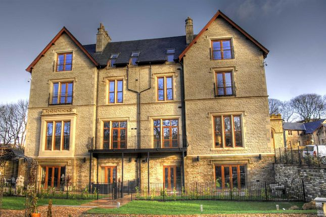 Thumbnail Flat to rent in Leabank Hall, Hareholme Lane, Rossendale