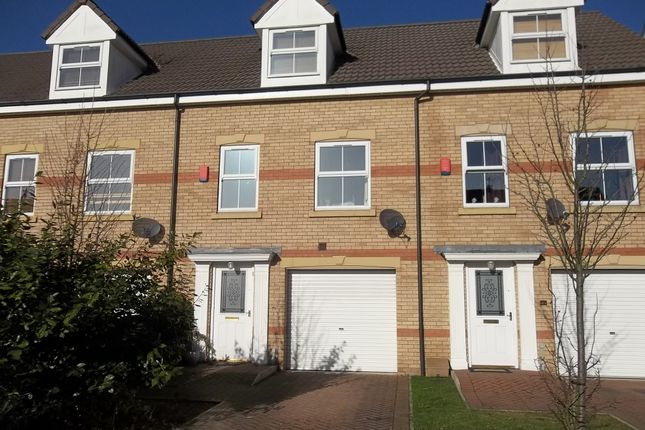 Thumbnail Town house to rent in Heron Drive, Gainsborough
