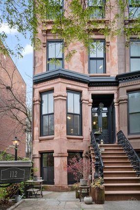 Awe Inspiring Properties For Sale In Brooklyn Borough Brooklyn New York Download Free Architecture Designs Terchretrmadebymaigaardcom