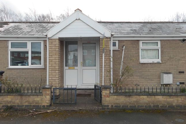 Thumbnail Terraced bungalow to rent in Rushey Close, Belgrave, Leicester