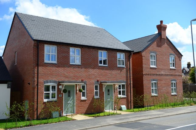 Thumbnail Terraced house for sale in Greythorn Drive, West Bridgford