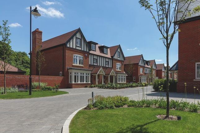 Thumbnail Semi-detached house for sale in Laychequers Meadow, Taplow
