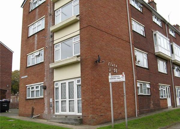 Thumbnail Flat to rent in Salthouse Lane, Yeovil