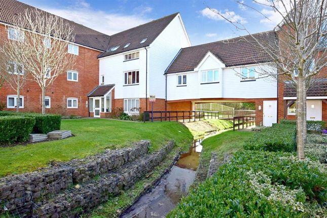 Thumbnail Flat for sale in Galloway Drive, Kennington, Ashford, Kent