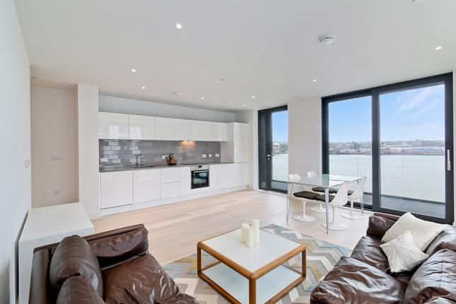 Thumbnail Flat to rent in Summerston House, 51 Starboard Way, London