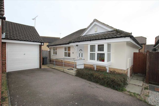 2 bed bungalow for sale in Shrubbery Close, Felixstowe IP11