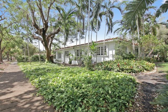 Thumbnail Property for sale in 6410 Cellini St, Coral Gables, Florida, United States Of America