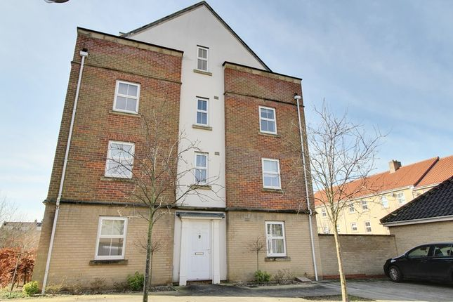 Thumbnail Town house to rent in Phillipa Flowerday Plain, Norwich