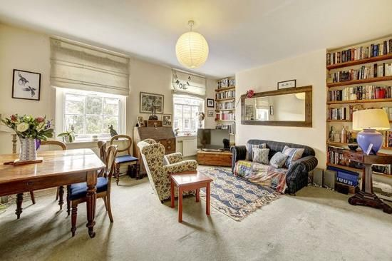 Thumbnail Flat for sale in Great Percy Street, London