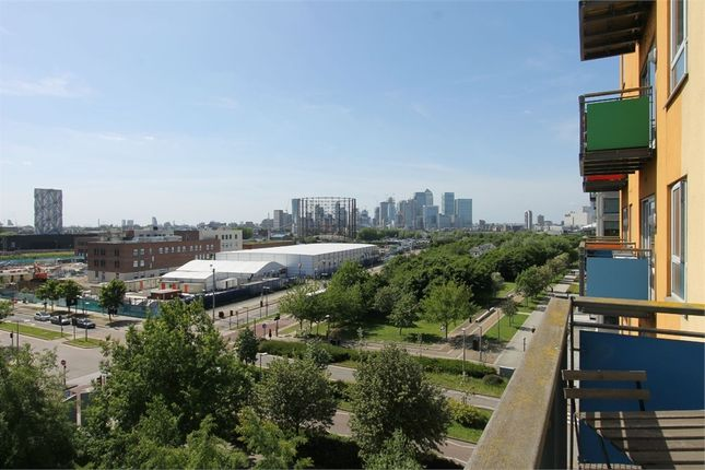 Thumbnail Flat to rent in Metcalfe Court, North Greenwich, London