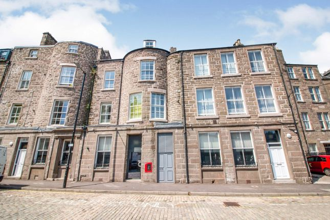 3 bed flat for sale in Cowgate, Dundee, Angus DD1