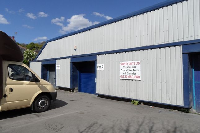 Thumbnail Parking/garage to let in Powell Road, Shipley
