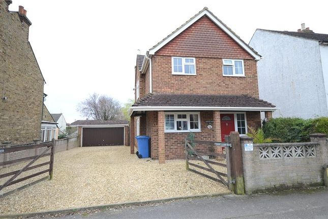 Thumbnail Detached house for sale in Holly Road, Aldershot, Hampshire