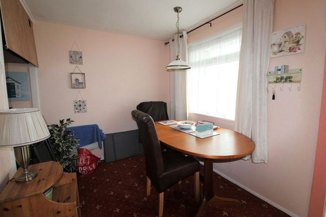 Dining Area of California Road, California, Great Yarmouth NR29