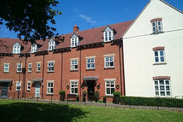 Thumbnail Terraced house for sale in Grayling Close, Calne