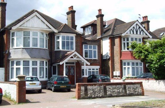 Thumbnail Semi-detached house to rent in Gunnersbury Avenue, Chiswick