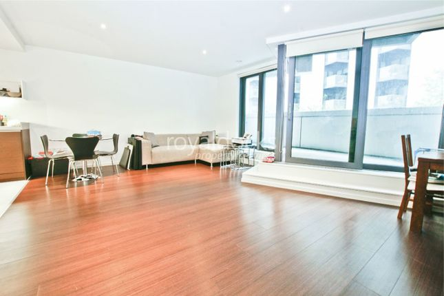 Thumbnail Flat for sale in 4 Baltimore Wharf, London