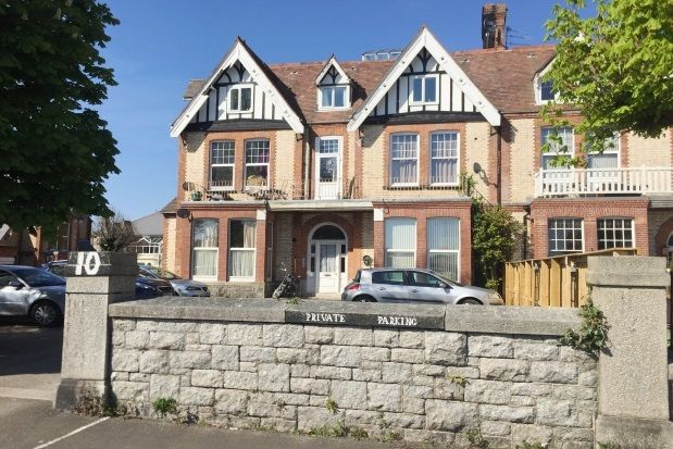 Thumbnail Flat to rent in Queens Gate, Lipson, Plymouth