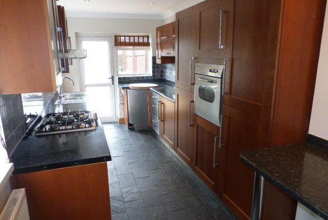 Thumbnail Property to rent in Paget Street, Ynysybwl, Pontypridd