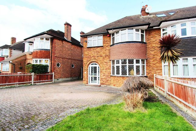 Thumbnail Semi-detached house to rent in Downfield, Worcester Park