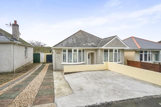 Thumbnail Bungalow for sale in Pennycross, Plymouth, Devon