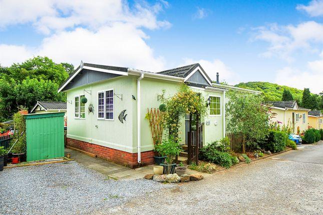 Thumbnail Mobile/park home for sale in Ashburton Park, Ashburton, Newton Abbot