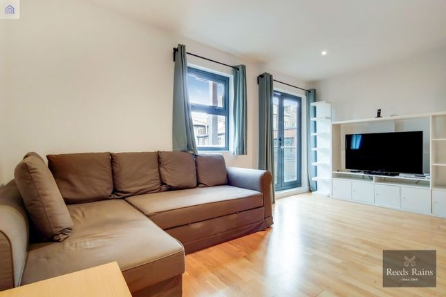 Thumbnail Flat to rent in Brandon Street, London