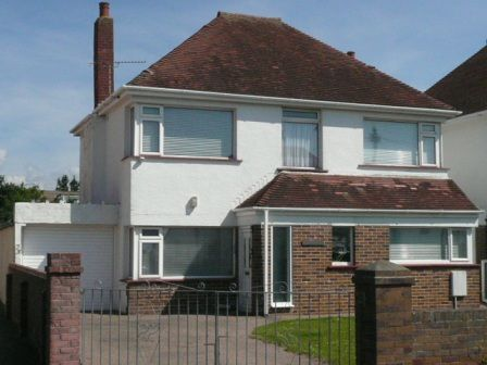 Thumbnail Detached house to rent in Severn Road, Porthcawl