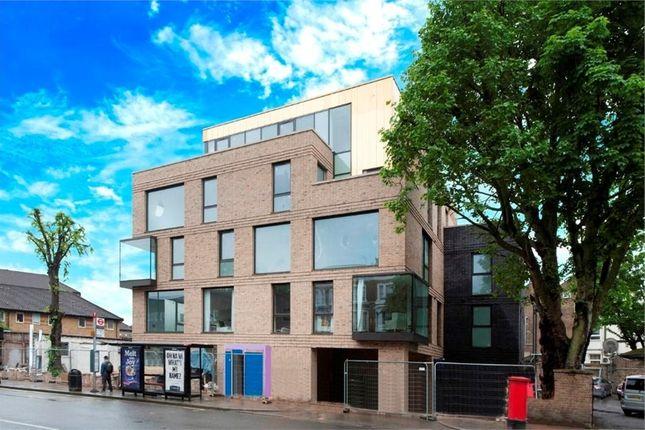 Thumbnail Flat to rent in Elgin Avenue, London