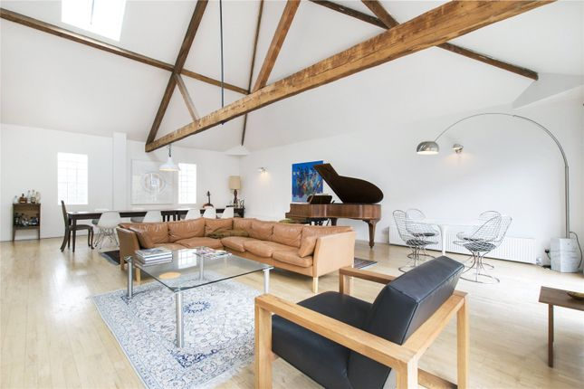 Thumbnail Property to rent in Heneage Street, London