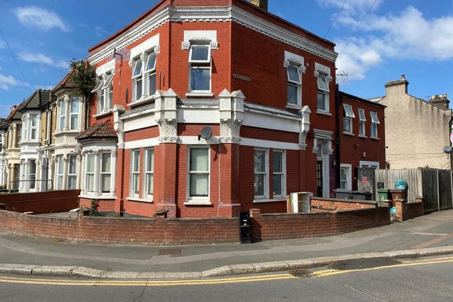Thumbnail Duplex to rent in Grove Green Road, Leytonstone