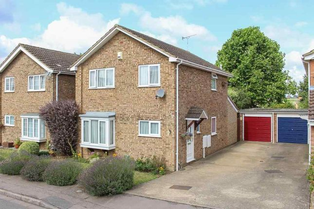 Thumbnail Detached house for sale in Carina Drive, Leighton Buzzard