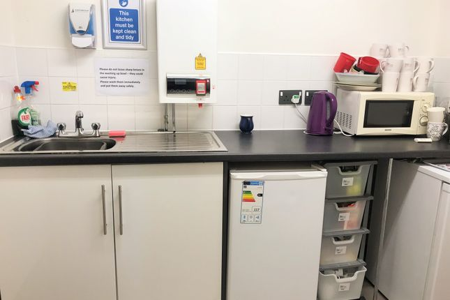Shared Kitchen of Market Place, Chesterfield S40