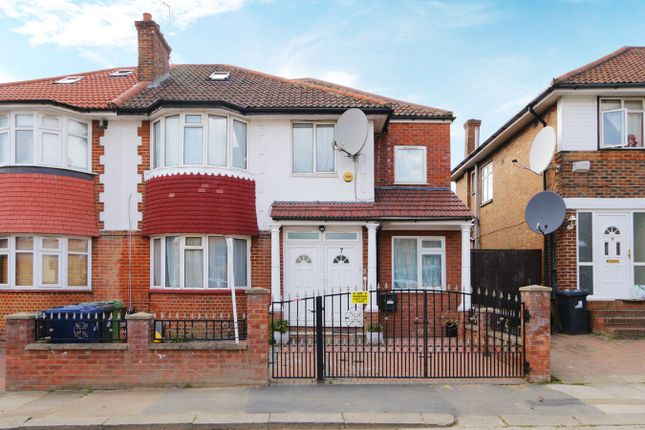 Thumbnail Property to rent in Foster Road, London